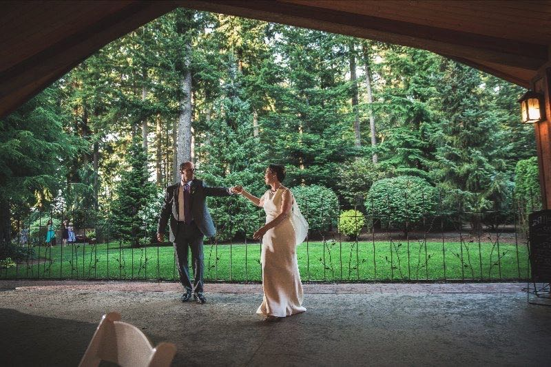 dancing-outdoor-pavilion-receptions-evergreen-gardens-ferndale-bellingham
