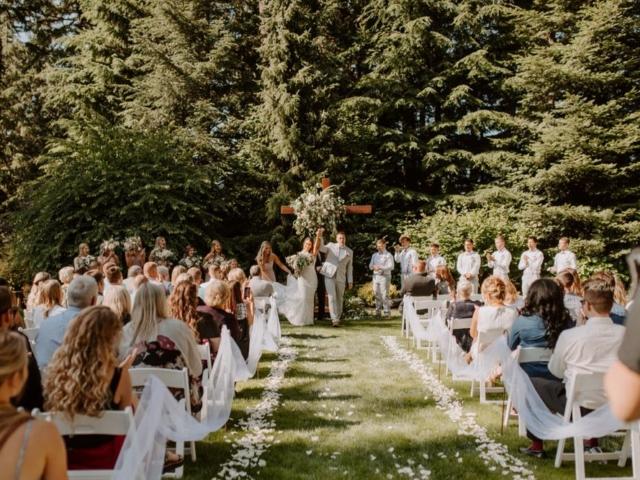 boxx-evergreen-gardens-wedding-venue