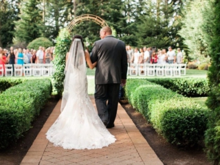 garden-weddings-evergreen-gardens-ferndale-bellingham