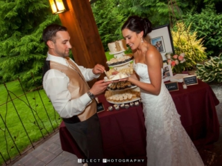 reception-outdoor-evergreen-gardens-venue-ferndale