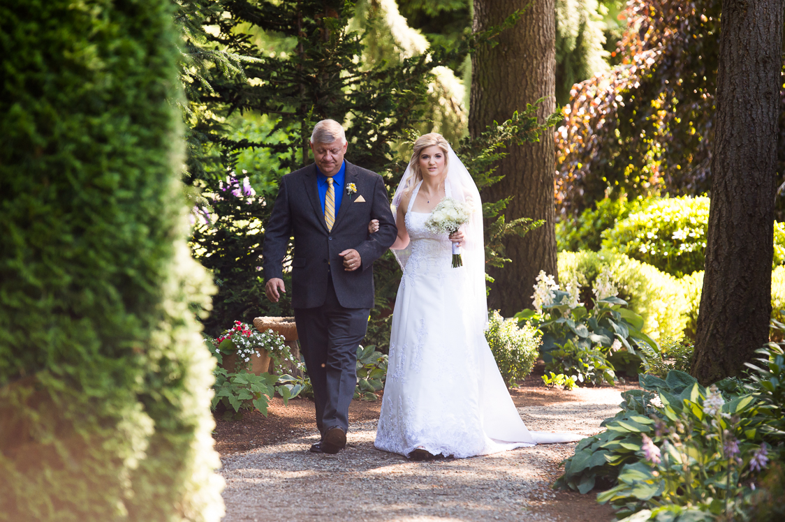 garden-venue-weddings-evergreen-gardens-ferndale-bellingham