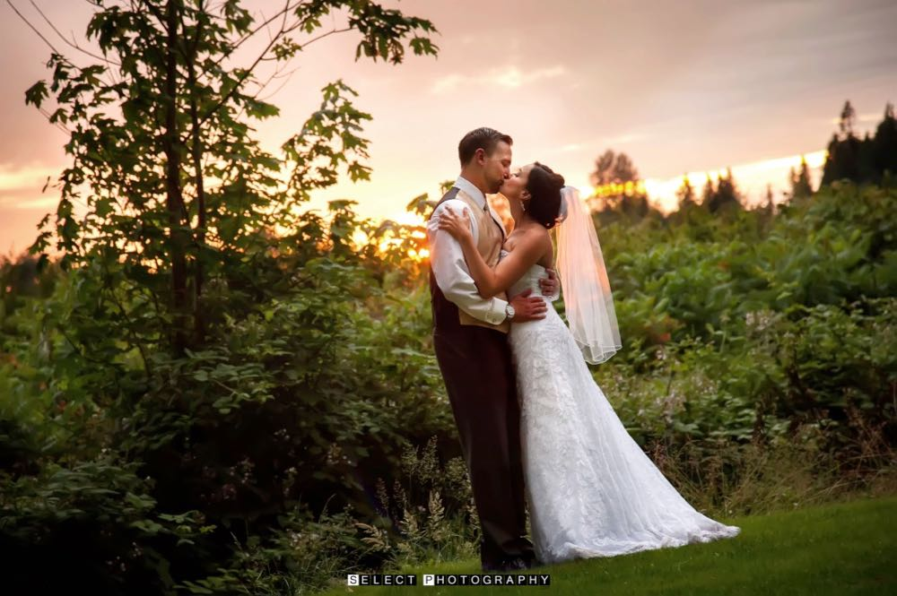 sunset-reception-wedding-venue-evergreen-gardens-ferndale