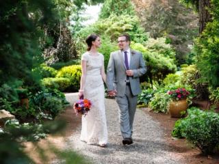 venue-garden-path-grounds-evergreen-gardens-weddings-ferndale-bellingham