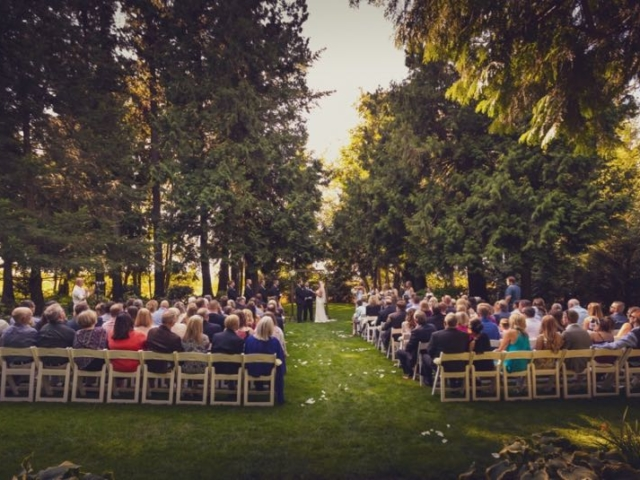 haley-josh-evergreen-gardens-wedding-venue-bellingham-washington