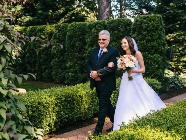 melissa-dad-evergreen-gardens-weddings-bellingham-venue-washington