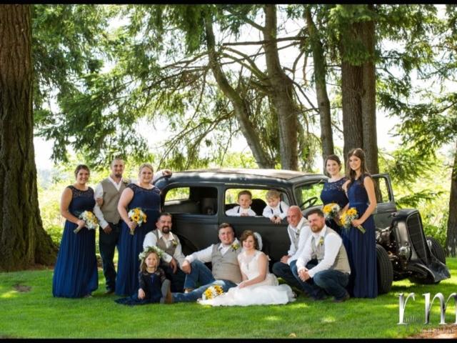 reception-bellingham-wedding-venue-evergreen-gardens-antique-car